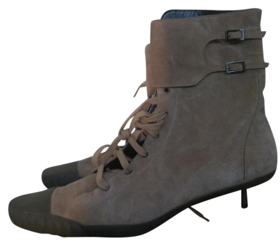 Fendi In Beige Greenish Brown Made In Fendi Italy Suede Boots/Booties a60e1d