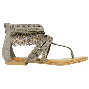 Not Rated Lace Wilma taupe Sandals