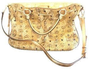 MCM Satchel in yellow and brown gold