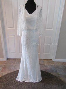 Pronovias Off White Lace One Jesca Feminine Wedding Dress Size 10 (M)