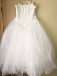 David's Bridal David Bridal White Gown Wedding Dress