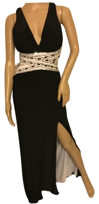 Item - Black Long Formal Dress Size Petite 2 (XS)