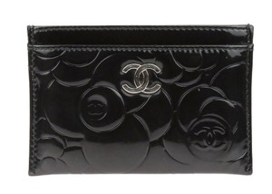 Chanel Chanel Black Patent Leather Camellia Embossed Card Case Holder