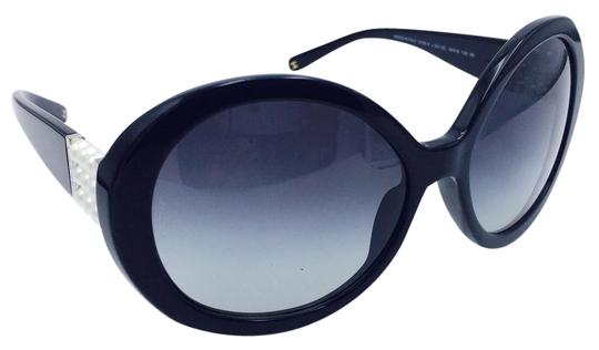 54deecec673 Chanel Round Sunglasses With Pearls