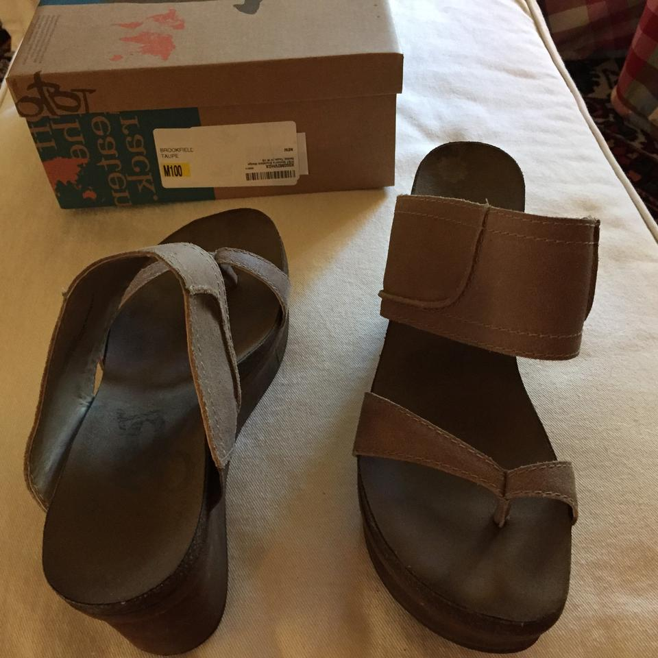 d9232503f320 OTBT Taupe Brookfield Mules Slides Size US 10 Regular (M