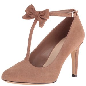 Nine West Natural Pumps