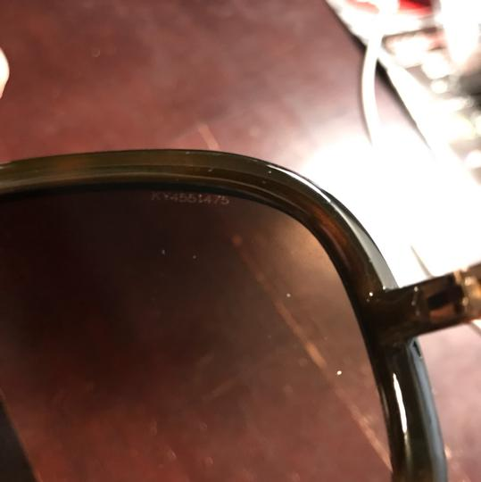 Burberry Burberry radiant brown shades sunglasses new in case