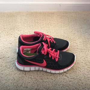 Nike Free Run black and pink Athletic