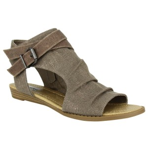 Not Rated Avana Wedge taupe Sandals