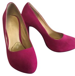 ShoeDazzle pink Pumps