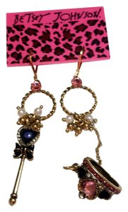 Betsey Johnson New Betsey Johnson Wand & Crown Charm Earrings J3399