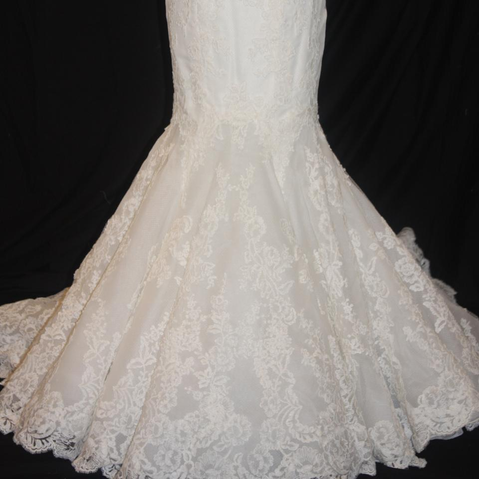 Enzoani Ivory Lace Dakota Traditional Wedding Dress Size 8 (M) - Tradesy