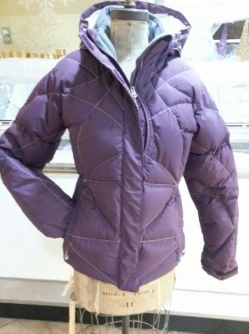 Preload https://item2.tradesy.com/images/cloudveil-purple-goose-down-winter-jacket-puffyski-coat-size-8-m-21456-0-0.jpg?width=400&height=650