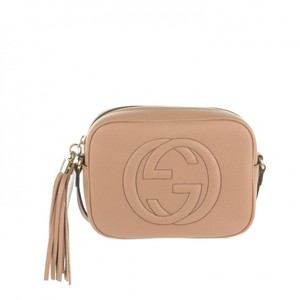 14db7165df71 Gucci Soho Disco Rose Beige Camelia Calfskin Pebbled Leather Cross ...