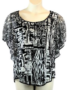 ECI New York High/low Hem Butterfly Sleeves Top Black White