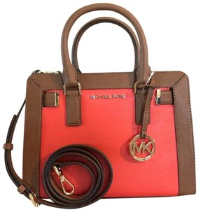 Michael Kors Dillon Small Monogram Brown Crossbody Strap Satchel in Sienna Red Luggage