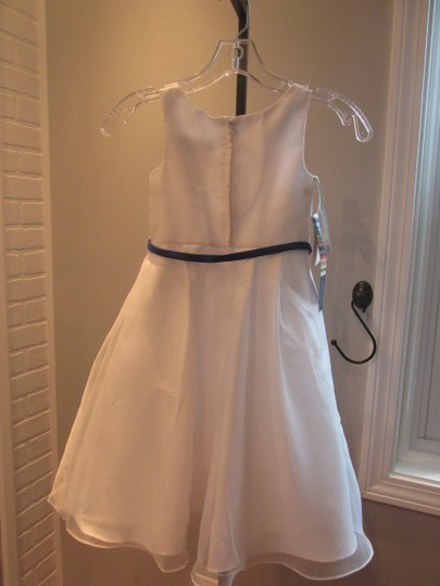 Alfred Angelo White Angelo-style 6653-white- Size 5-928-41 Image 3