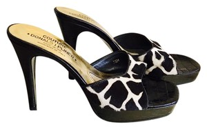 Donald J. Pliner Black and Cream Sandals