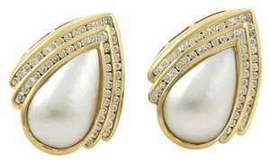 Charles Krypell 2.00ct Diamonds Mabe Pearl Pear Shape 18k Gold Post Clip Earrings