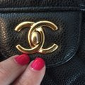 Chanel Shoulder Bag Image 8