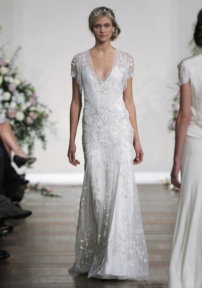 Jenny packham off white beaded and silk azalea vintage wedding dress jenny packham off white beaded and silk azalea vintage wedding dress size 4 s junglespirit Choice Image