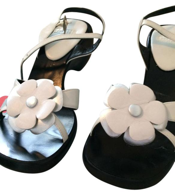 Item - Black and White Leather Sandals Size US 6.5 Regular (M, B)
