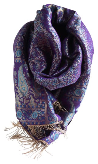 made in India Scarf 100% Silk. Image 0