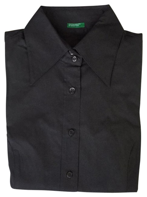 Preload https://img-static.tradesy.com/item/21462991/charcoal-button-down-top-size-4-s-0-1-650-650.jpg