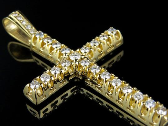 Jewelry Unlimited 10K Yellow Gold 2.5 Inch Diamond Solitaire Cross Pendant 3 Ct Image 7