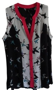 New Directions Top Black w/pink & white, hummingbird design