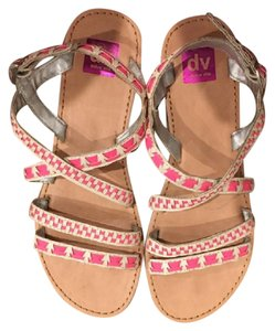 Dolce Vita Silver Woven pink Sandals