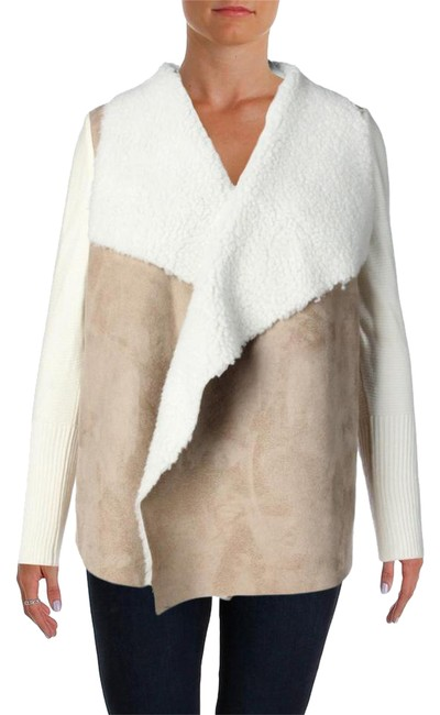 Preload https://img-static.tradesy.com/item/21463770/design-history-tan-white-knit-sweater-size-16-xl-plus-0x-0-1-650-650.jpg