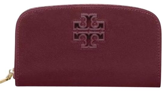 Preload https://img-static.tradesy.com/item/21463787/tory-burch-maroon-t-double-curved-wallet-0-2-540-540.jpg