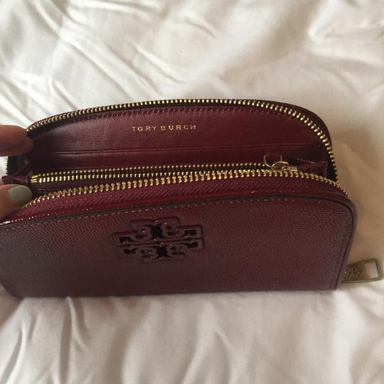Tory Burch Double T Curved Wallet Image 2