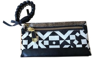 Rafé New York Black & White Clutch