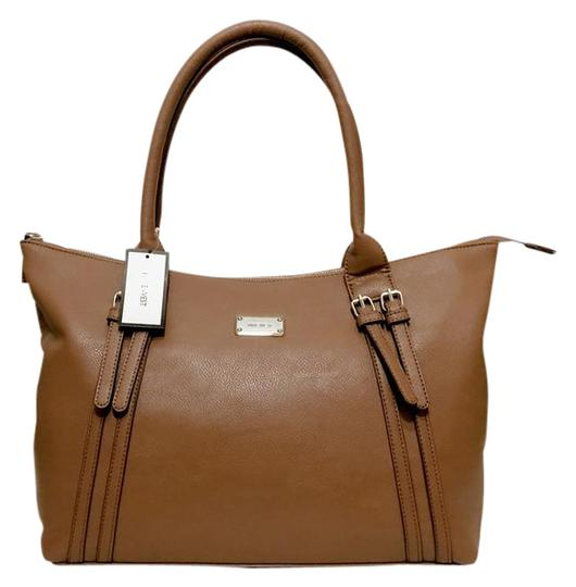 Preload https://img-static.tradesy.com/item/21464064/nine-west-beyond-the-belt-zipped-brown-faux-leather-tote-0-1-540-540.jpg