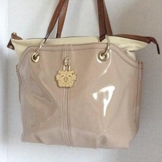 Gianfranco Ferre Tote in beige Image 1