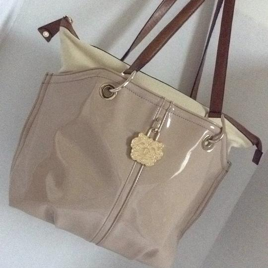 Gianfranco Ferre Tote in beige Image 2