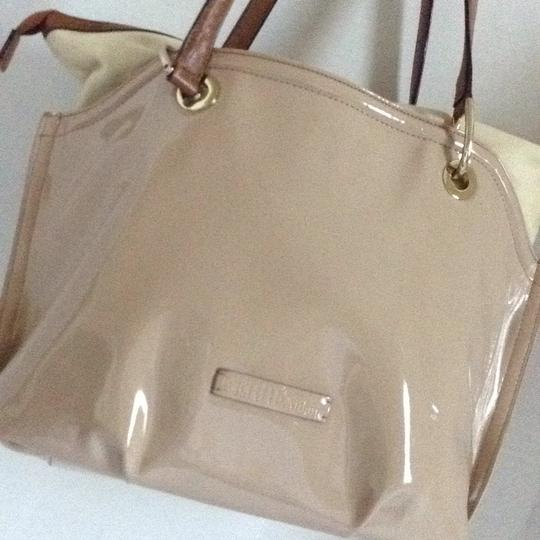 Gianfranco Ferre Tote in beige Image 6