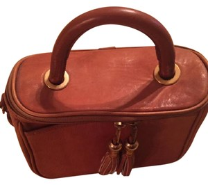 Handmade leather Satchel in Tan