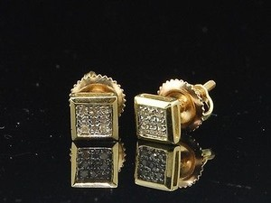 Mens Ladies 10k Yellow Gold Designer Square Pave Diamond Earrings Studs 0.05 Ct.