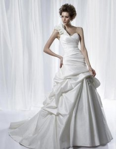 Anjolique Pale Ivory Taffeta A209 Modern Wedding Dress Size 8 (M)