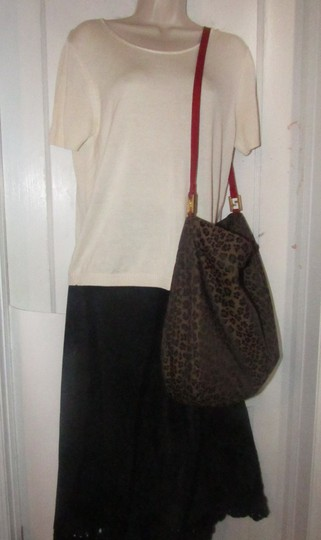 Fendi Mint Condition Xl Hobo Canvas Leather & Gold Limited Edition Tote in leopard print and red Image 9