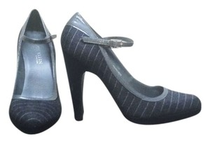 Anne Klein Grey pinstripe Pumps