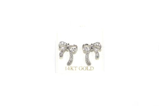 Preload https://img-static.tradesy.com/item/21469001/yellow-gold-14k-cz-screw-back-post-earrings-0-3-540-540.jpg