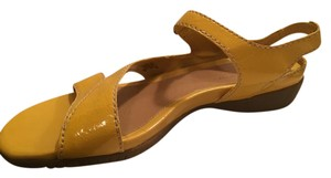 Easy Spirit Patent Yellow Sandals