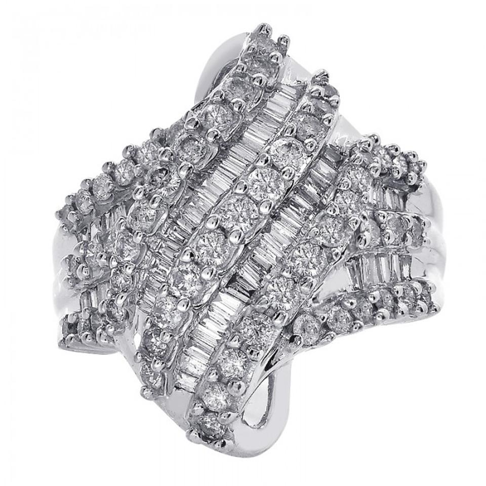 product crystalsilver diamond silver henri jewelry gallery bendel classic lyst normal metallic cocktail ring in