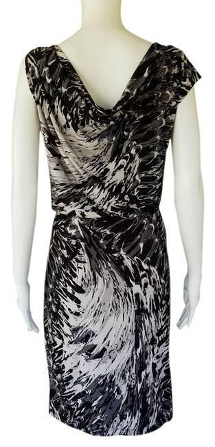 Item - Black White Gray Asymmetrical Neckline Slinky Short Casual Dress Size 10 (M)