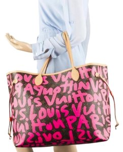 Louis Vuitton Sprouse Neverfull Graffiti Tote in Pink