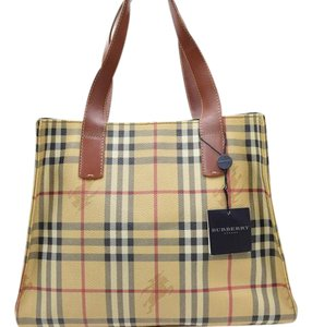 02afbe5e7eb0 Burberry Mint Condition Perfect For Everyday Classic Roomy And Practical  Satchel in Brown leather Nova